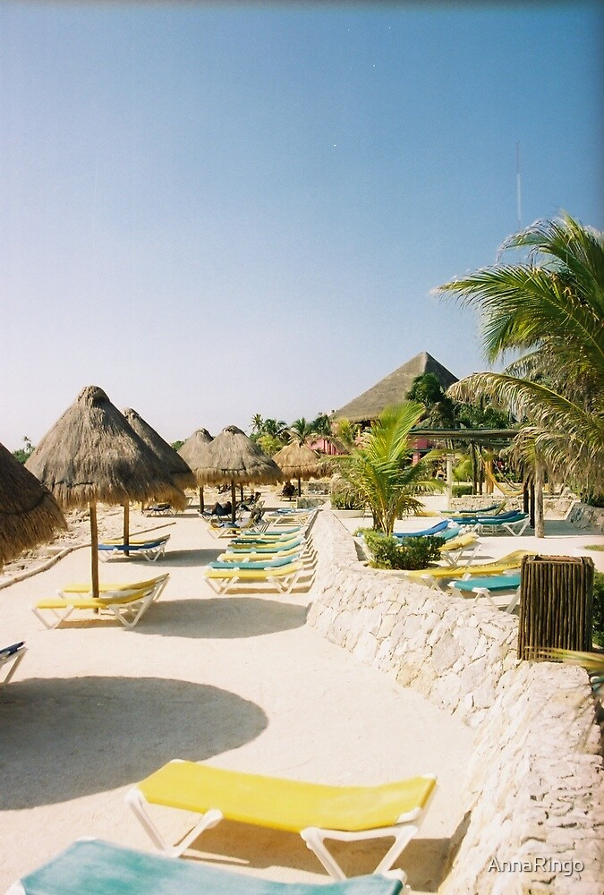 White sands and relaxation in exotic Mexico  by AnnaRingo