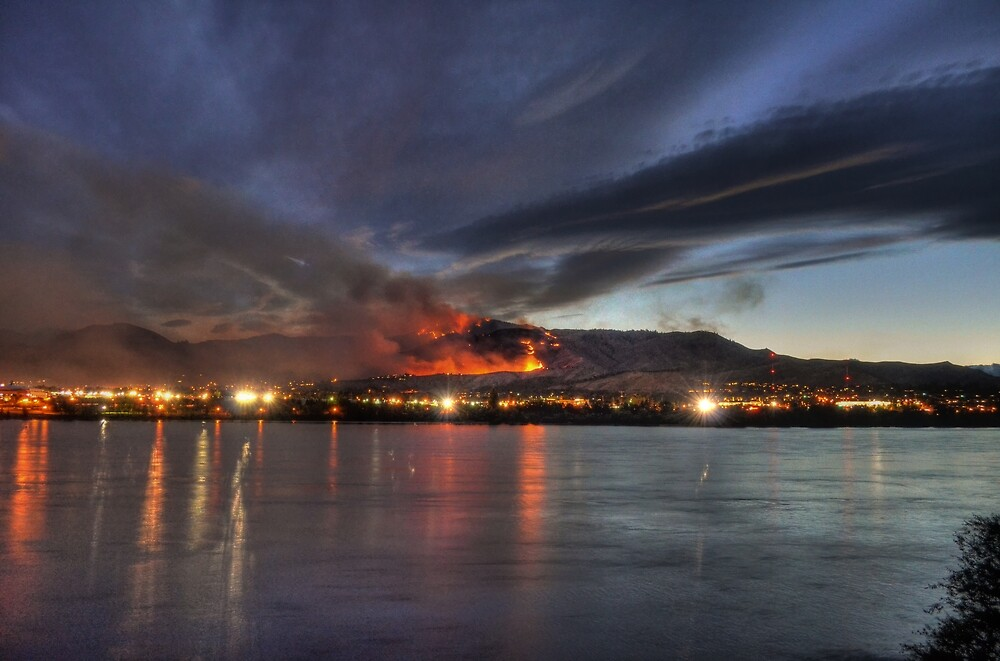 Wenatchee Wildfire by Badbrew