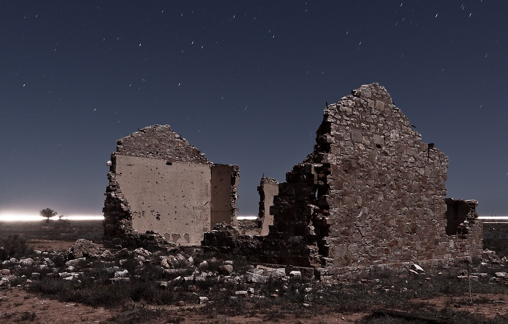 Wonoka Ruin in Moonlight by pablosvista2