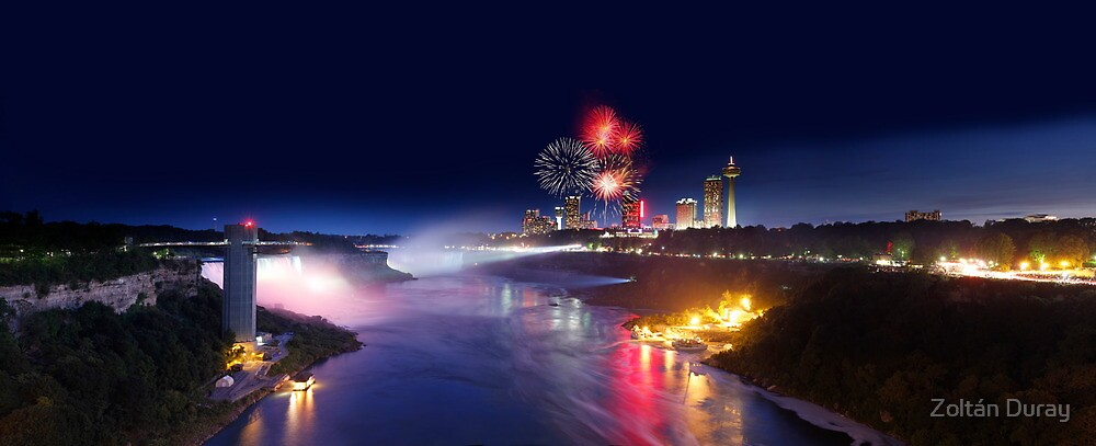Fireworks at Niagara Falls by Zoltán Duray