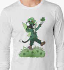 St Patricks Cait Sith with Shamrock Long Sleeve T-Shirt