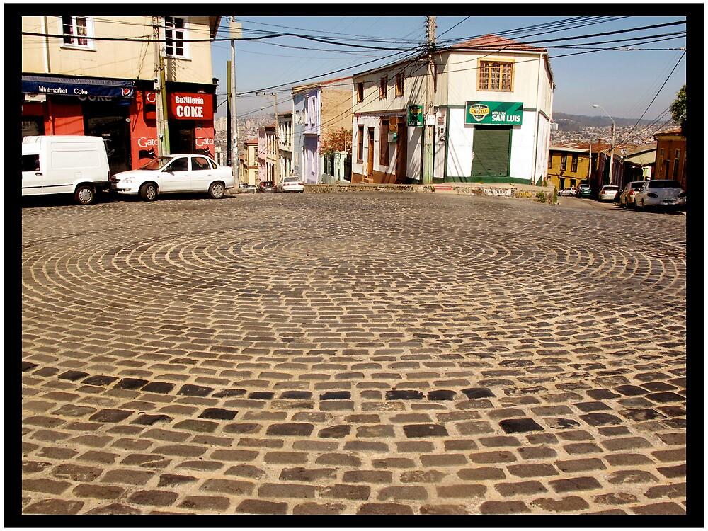 Circular_ Valparaíso, Chile by Franlechuga