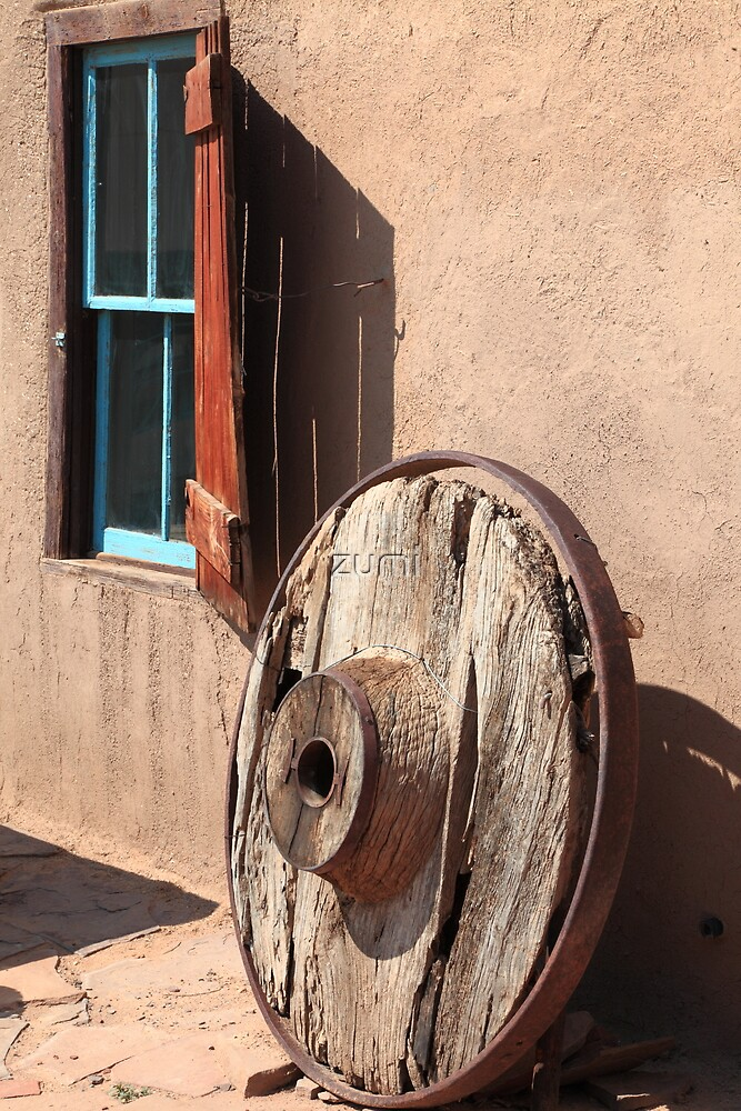 Wooden window and wheel by zumi