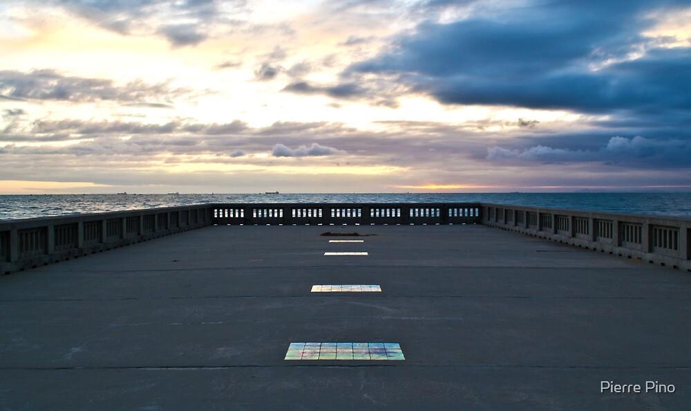 Elwood Beach by Pierre Pino