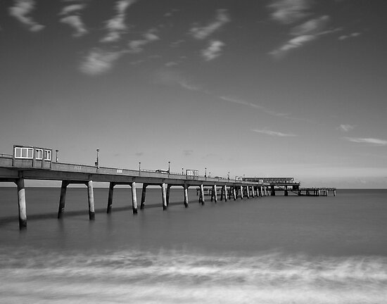 Deal Pier by timpr