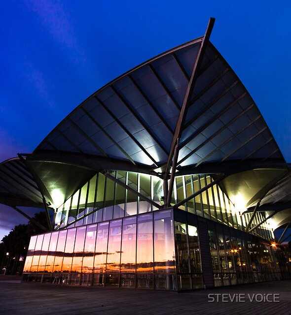 Carousel, Geelong Waterfront by STEViE VOiCE
