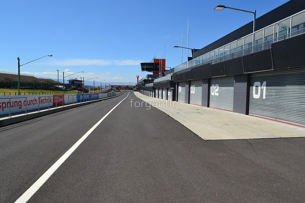 Bathurst Pit Straight - 3 week before the Great Race by forgantly