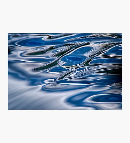 A river flows Photographic Print