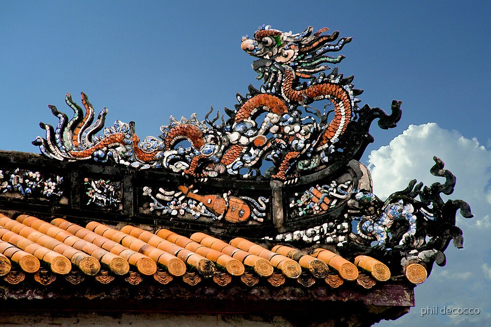 Fancy Dragon Roof by phil decocco