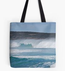The power of the ocean Tote Bag