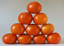 Satsuma Pyramid by Yampimon