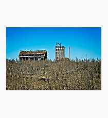 abandoned rural farm homestead Photographic Print
