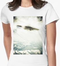 UFO Over Mountains Women's Fitted T-Shirt