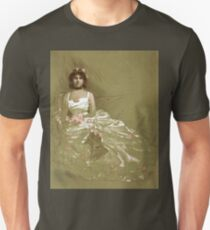 Vintage girl in dress T-Shirt