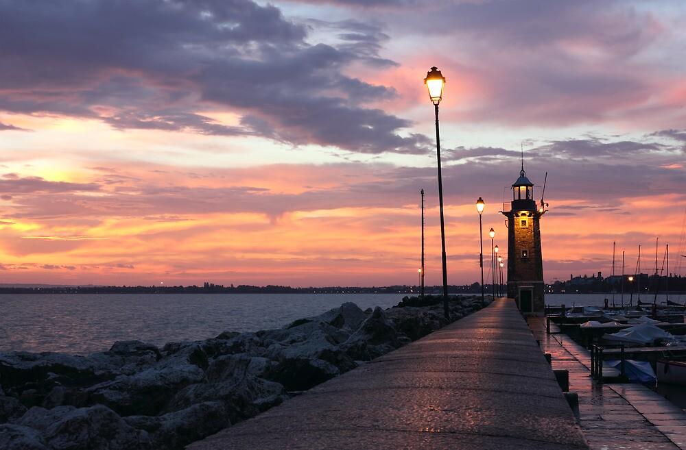 Desenzano del Garda Lighthouse by kirilart