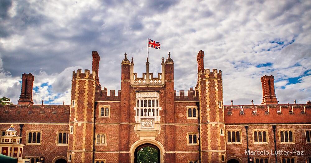 Hampton Courts by MarceloPaz