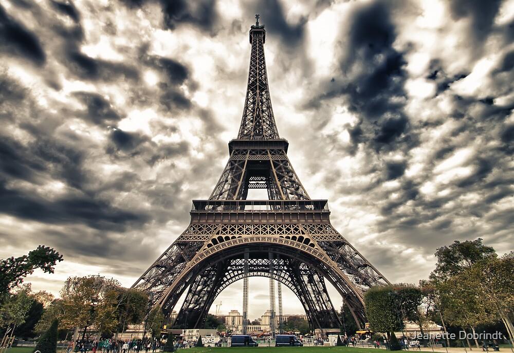 La Tour Eiffel by smilyjay