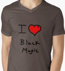 i love halloween black magic  T-Shirt