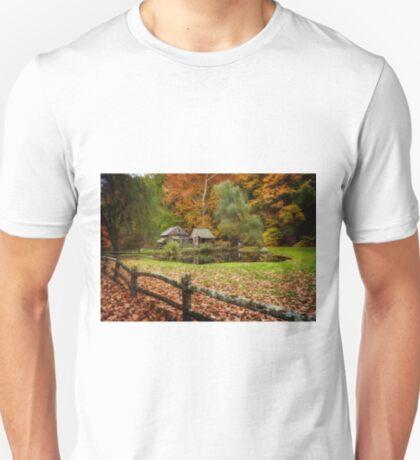 Autumn At Cuttalossa Farm V T-Shirt