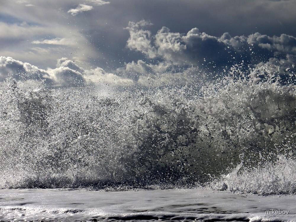 Sea & Sky by mikebov