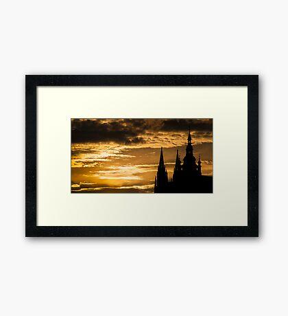 Praha: The Silhouette Framed Print