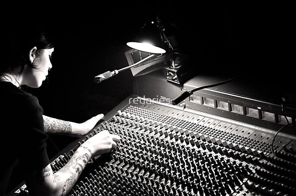 Sound  by redaries