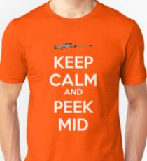 CSGO - Keep Calm And Peek Mid Unisex T-Shirt
