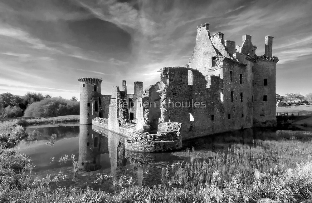 Caerlaverock Castle by Stephen Knowles