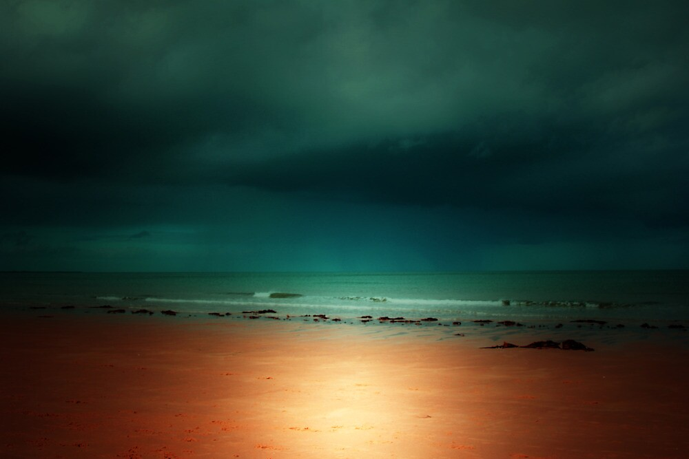THE STORM OUT ON THE OCEAN by leonie7