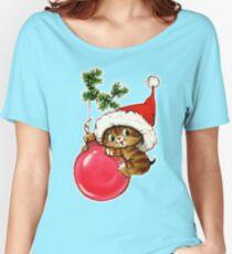 Cute Christmas Kitten  Women's Relaxed Fit T-Shirt
