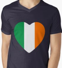 love irish Men's V-Neck T-Shirt