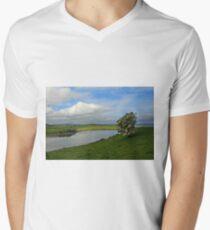 Inch Island Men's V-Neck T-Shirt