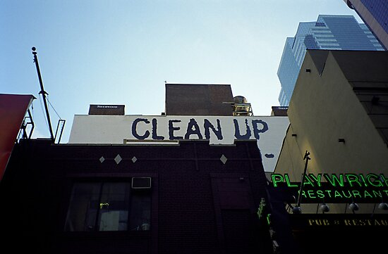 Clean Up Notice, New York by Flo Smith