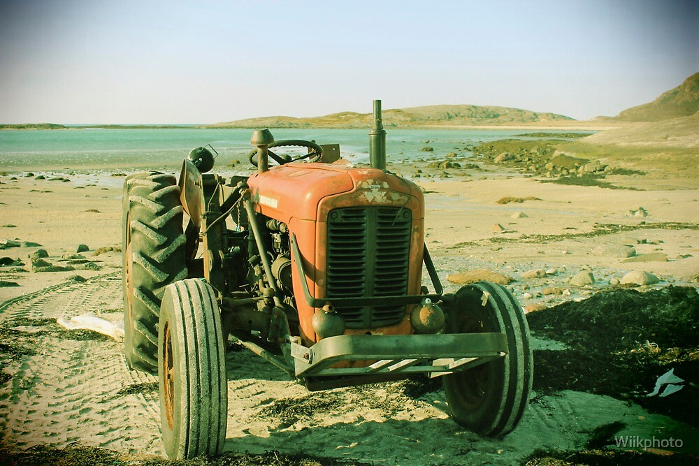 Tractor in the spring by Wiikphoto