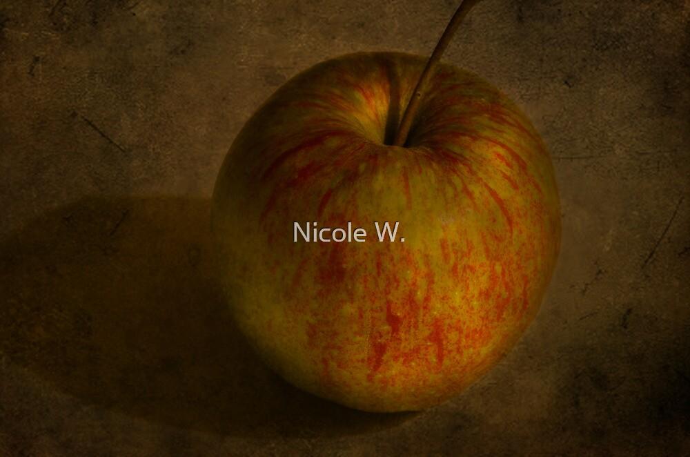 apple by Nicole W.
