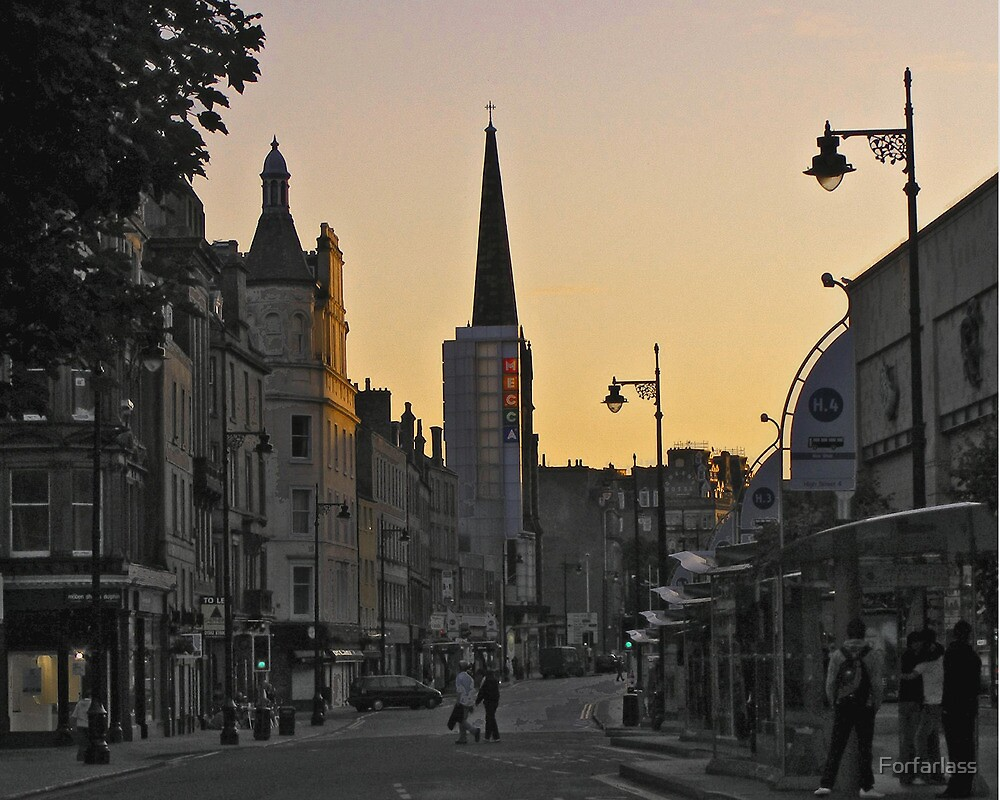 Evening glow in Dundee. by Forfarlass