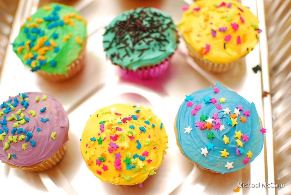 Everybody Loves Cupcakes by Michael McCann