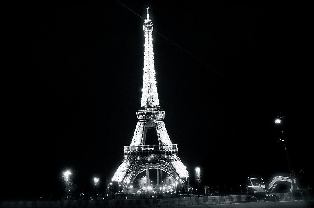 Le Tour Eiffel by nanakim