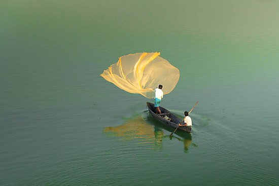 """same old """" net throwing""""  by Dinni H"""