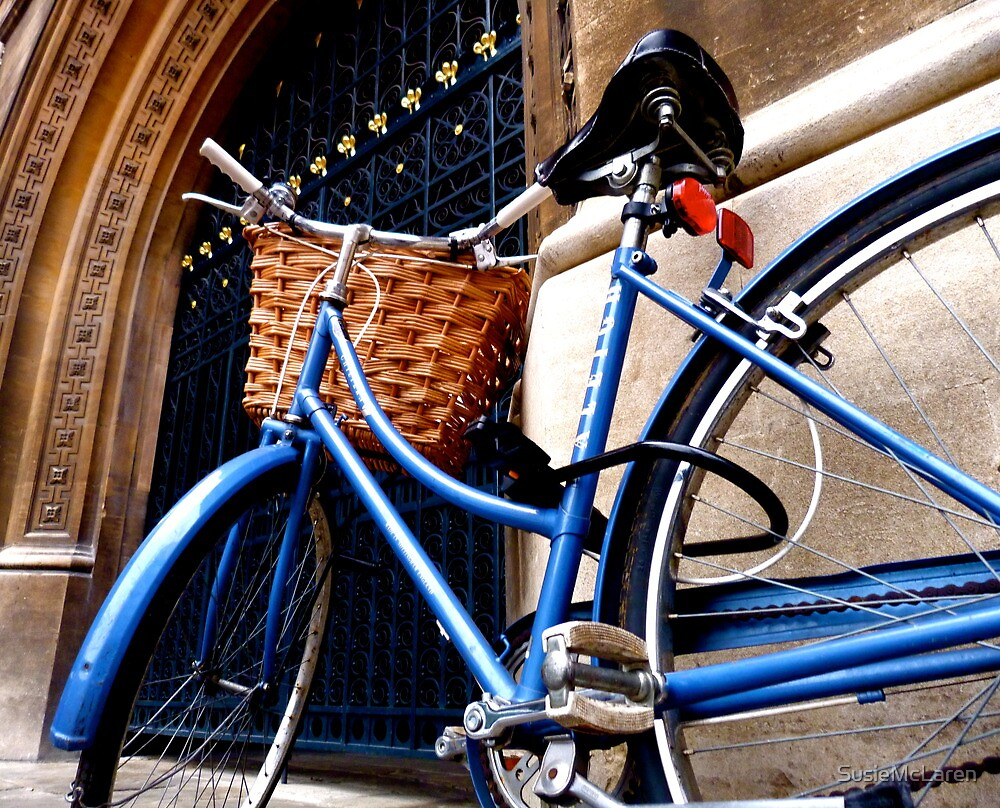 Traditional Cambridge bicycle by SusieMcLaren