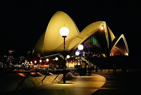 0086  The Opera House by Peter Hogarth