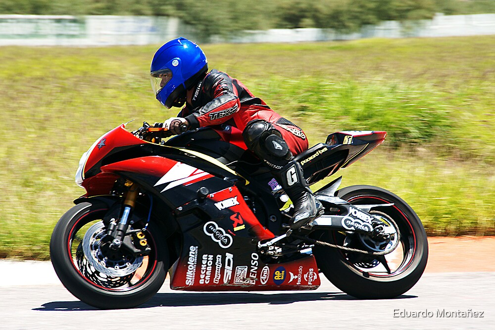 Flying superbike by Eduardo Montañez