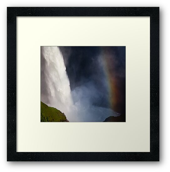 Helmcken Falls Rainbow, BC by Andy Townsend