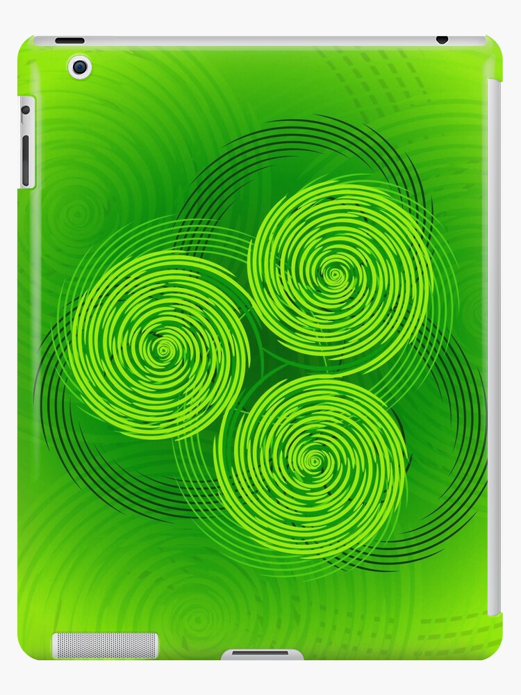 Freestyle Celtic Triple Spiral by chromedreaming