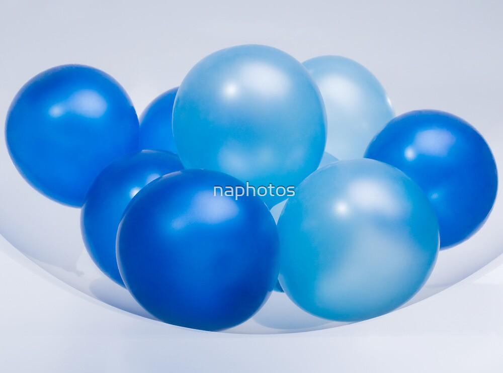 blue balloon by naphotos