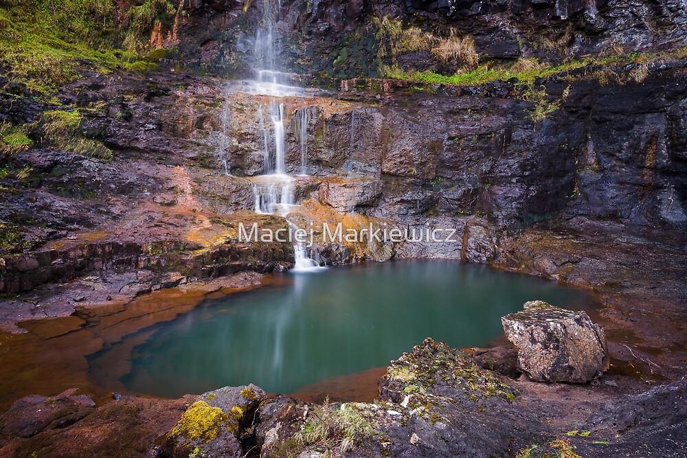 Talisker Waterfall by Maciej Markiewicz
