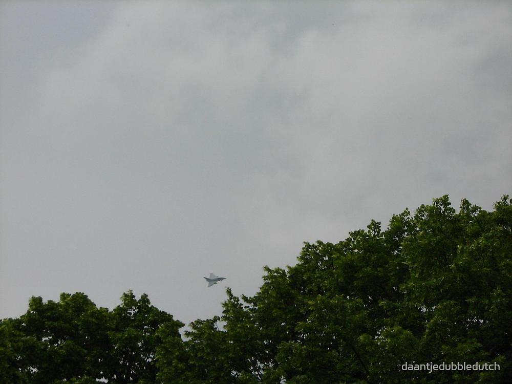 Fighterjet by daantjedubbledutch