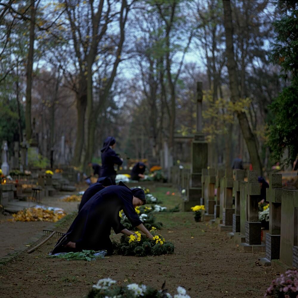 Powązkowski cemetery, Warszawa 2004 by Michel Meijer