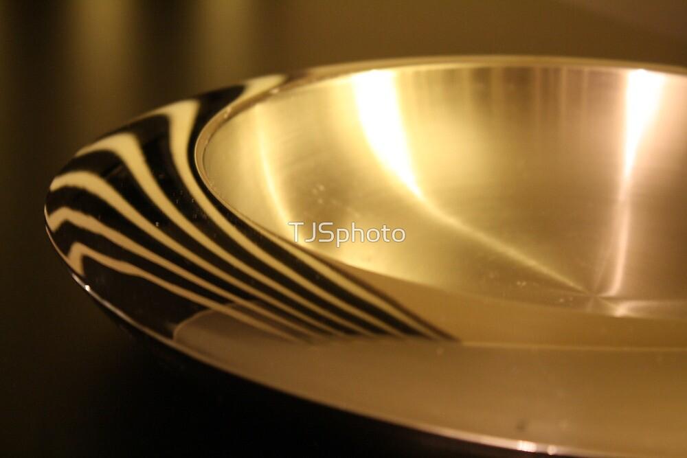 Bowl by TJSphoto