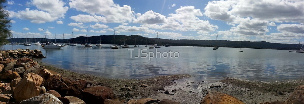 Gosford waterfront panaromic by TJSphoto